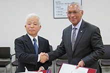 JAXA and NASA signed a Memorandum of Understanding  for cooperation on the Hayabusa2 mission and OSIRIS-REx mission