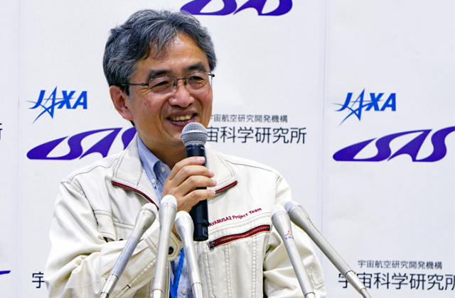 "[HAYABUSA2 PROJECT] Mission Manager Yoshikawa selected for ""Nature's 10"" in 2018"