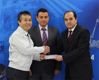 Turkey hands over samples to Japan for space environment long-term exposure experiment to be conducted under Turkey-Japan cooperation on Kibo utilization!