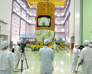 KOUNOTORI6 (HTV6) Makes Debut to Media