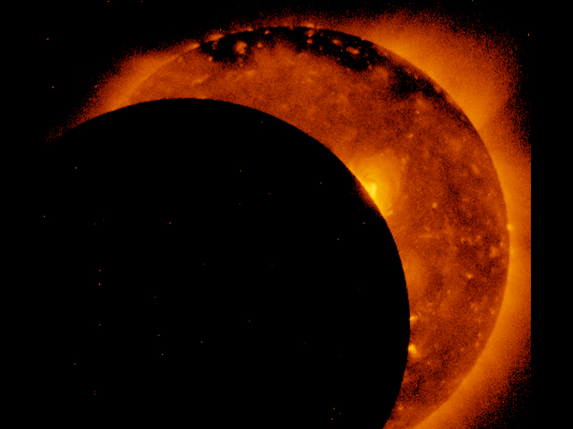 "Great American Eclipse on 21 August 2017: public release of images and videos taken by the ""Hinode"" satellite"